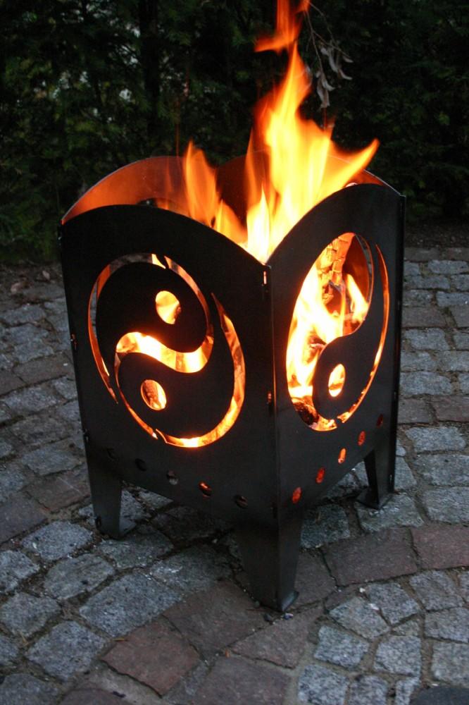feuerkorb feuers ule motiv yin yang xxl terrassenofen lichtspiel. Black Bedroom Furniture Sets. Home Design Ideas