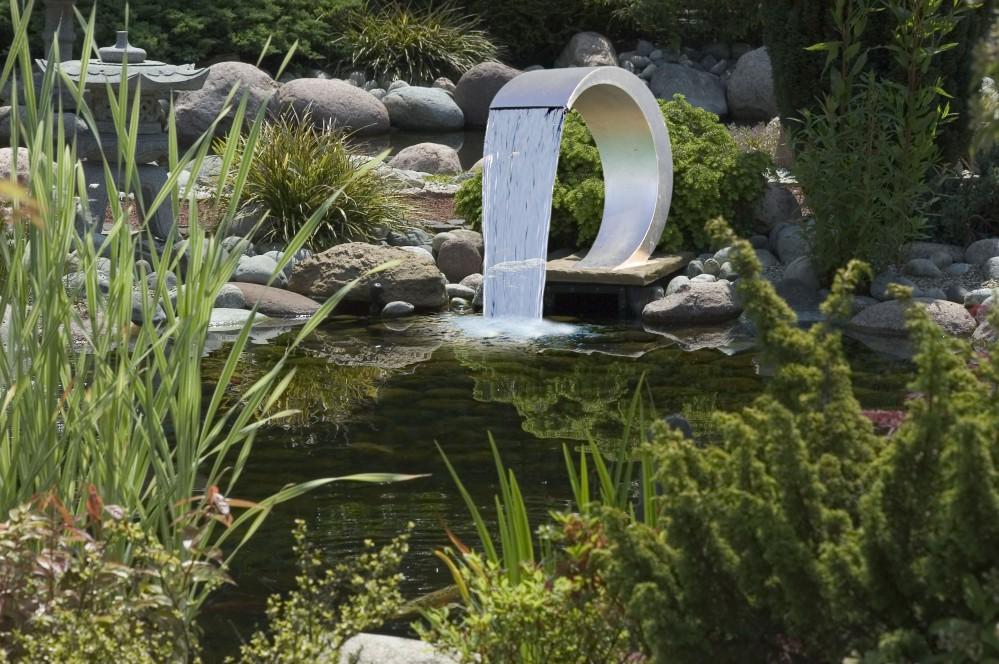 Ubbink mamba design wasserfall aus edelstahl f r pool und for Gartenteich einsatz
