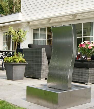 ubbink edelstahl wasserspiel genova komplettset anschlussfertig f r balkon garten. Black Bedroom Furniture Sets. Home Design Ideas