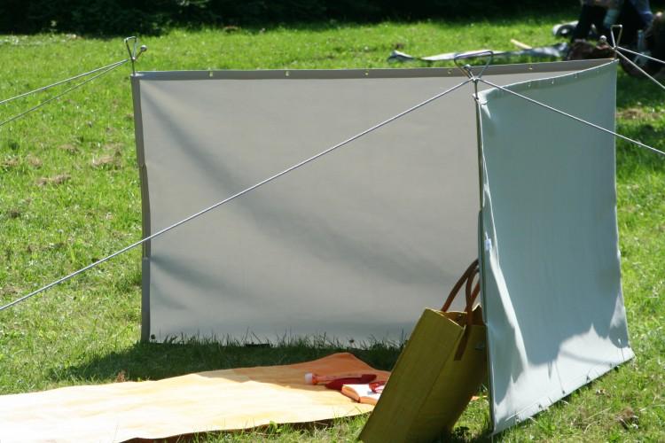 mobiler windschutz 90 x 500 cm farbe hell silbergrau stabiler sichtschutz windschutz f r. Black Bedroom Furniture Sets. Home Design Ideas